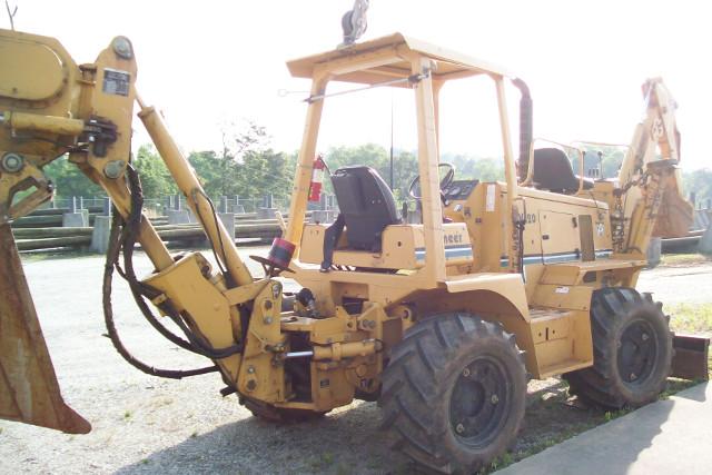 2002 Vemeer Trench Plow Model V120