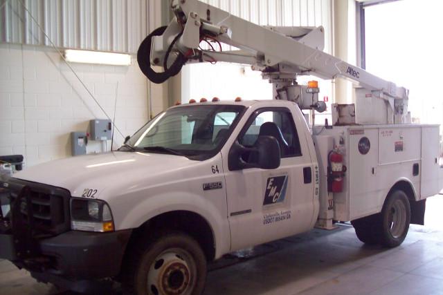 2002 Ford F550 Super Duty Bucket Truck